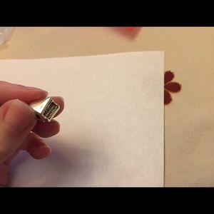 Pandora Jewelry - Pandora piano charm